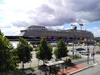 Mein Schiff 1 in Kiel