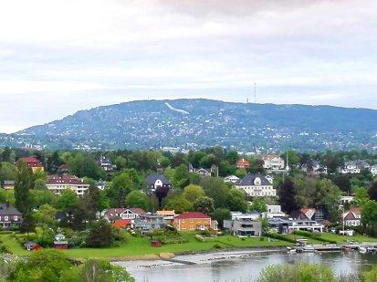 Oslo mit dem Holmenkollen