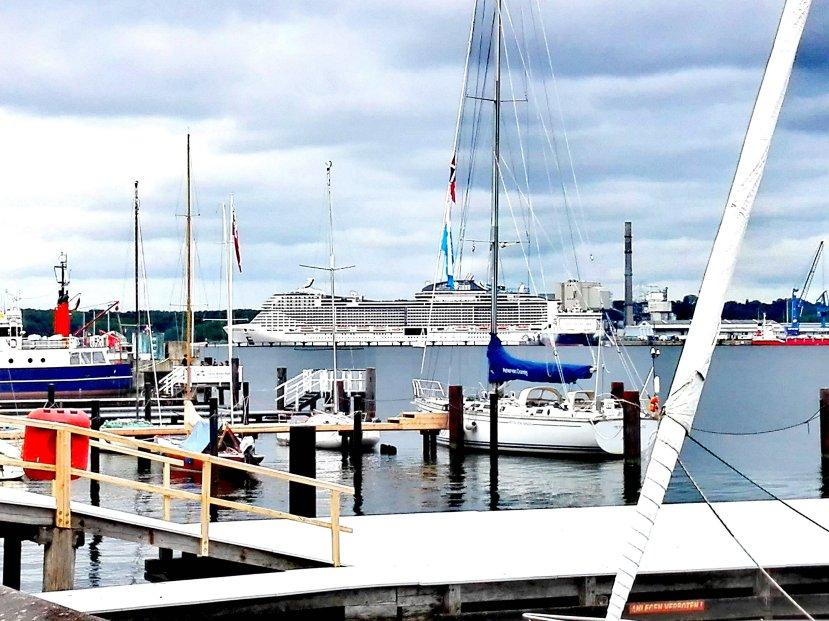 MSC Meraviglia in Kiel